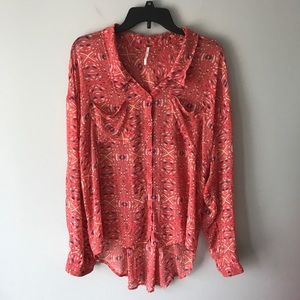 Free people red print high low button blouse L104